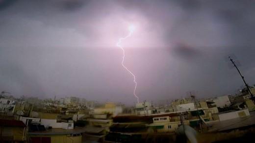 ΠΡΟΣΟΧΗ!!!! Γενική Γραμματεία Πολιτικής Προστασίας Πρόσκαιρη επιδείνωση του καιρού στη Κεντρική και τη Βόρεια Ελλάδα με βροχές και σποραδικές καταιγίδες